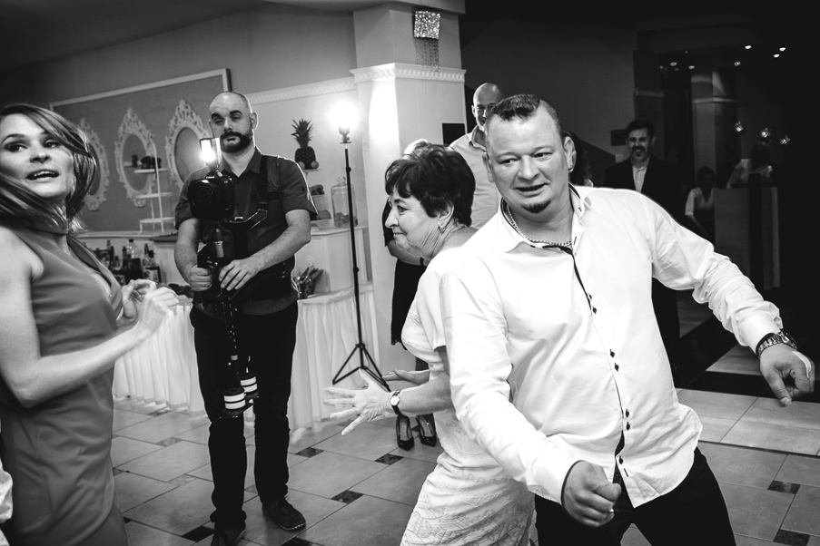 fotografia ślubna szczecin | lila park | zdjęcia ślub szczecin